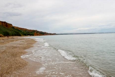 Пляж после дождя